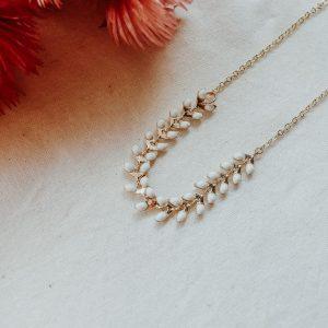 LIMITED EDITION - Golden Leaf Kette in Weiß